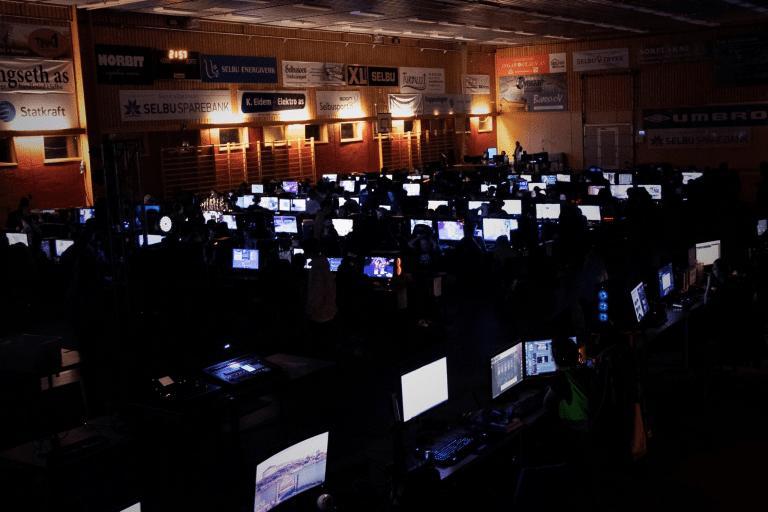 Torsdag starter SelbuLAN – denne gangen med forbedra internettkapasitet. Foto: SelbuLAN