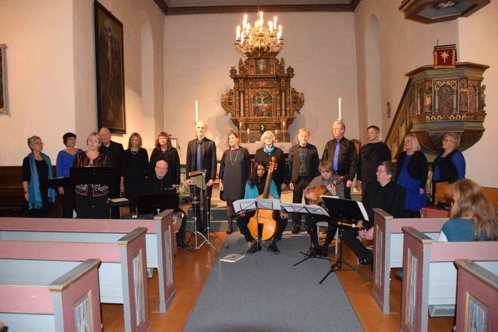 Fra Ang Passangs forrige konsert i Selbu kirke. Søndag kommer kammerkoret tilbake. Foto: Brynjar Dahlø.