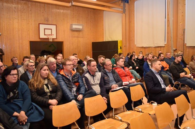 Skole- og barnehagestrukturen i Øverbygda var temaet da Selbu Sp inviterte til åpent kvelds møte på Øverbygda skole torsdag 5.mars. Mange innspill og spørsmål fra en engasjert forsamling la grunnlaget for et konstruktivt og fruktbart møte.