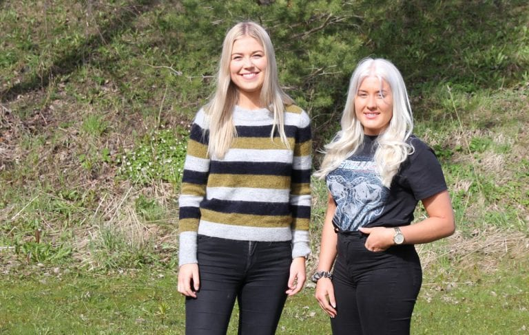 Emilie K. Græsli og Tina Sletne Alsethaug representerer Selbu/Tydal AUF. De frykter at noen av punktene i kommunedirektørens innstilling angående ansvarlig festkultur kan føre til flere problemer enn løsninger.