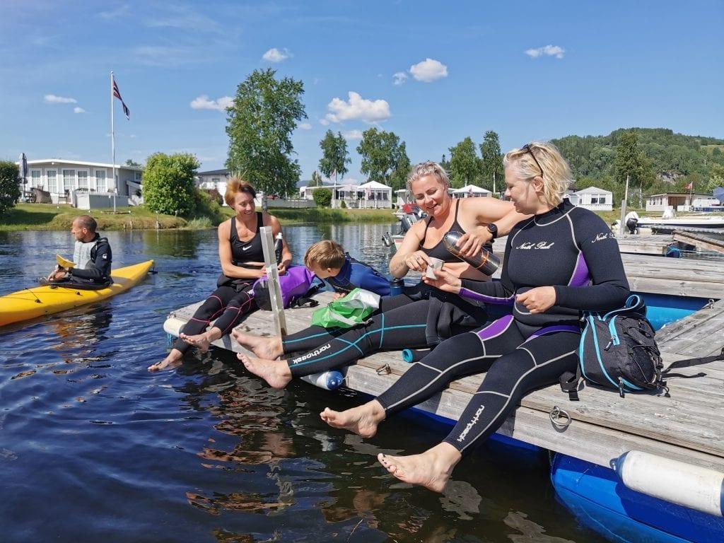 - En topp aktivitet for hele familien, sier Sigrun Sletner om kurset. Fra venstre: Finn Håkon Solli, Sigrun Sletner, Åsmund Solli, Christel Gustavsson og Ruth-Elin Ingeborg Øfsti. Foto: My Adventure.