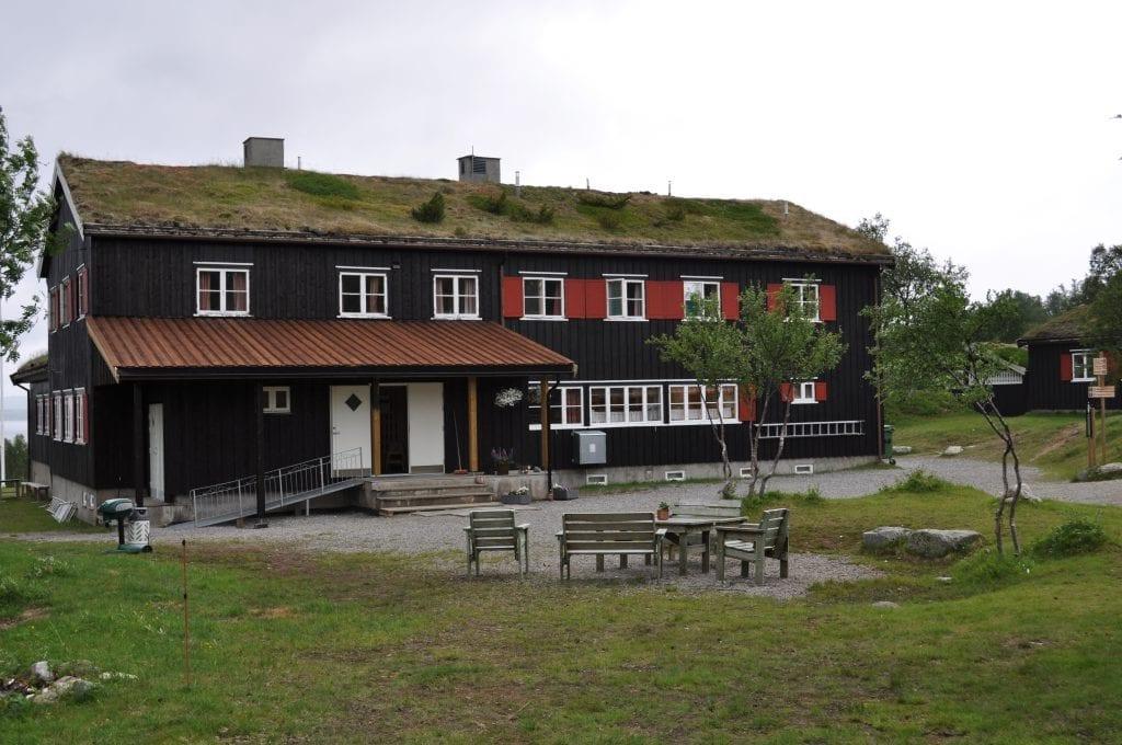 I sommer har AtB, etter påtrykk fra Trondhjems Turistforening, gjort det mulig å reise kollektivt til og fra Nedalshytta.