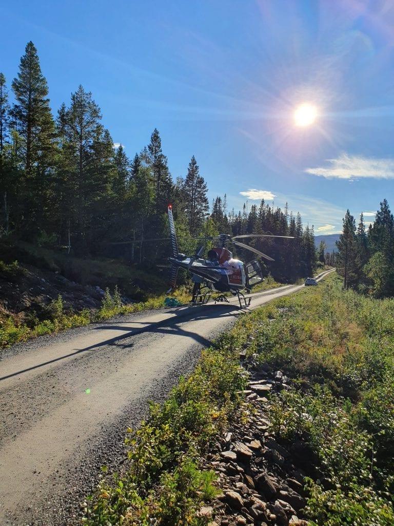 Helikopter deltar i søket etter mannen som er savnet i Roltdalen