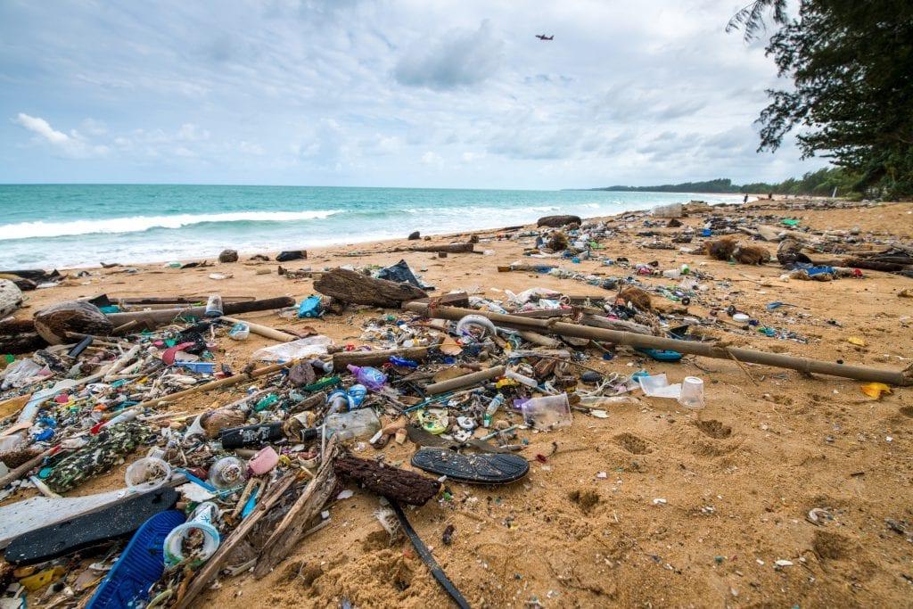 Plastikk fra ei strand i Phuket. Målet med TV-aksjonen 2020 var å redusere plastikkutslipp og ta vare på verdenshavene. Foto: Gettyimages/TV-aksjonen