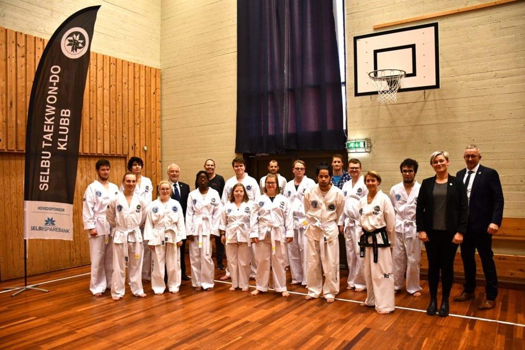 – En milepæl. Aldri har vel så mange parautøvere tatt gradering i taekwondo samtidig i Norge, sier Per-Einar Johannessen, fagkonsulent for paraidretten.