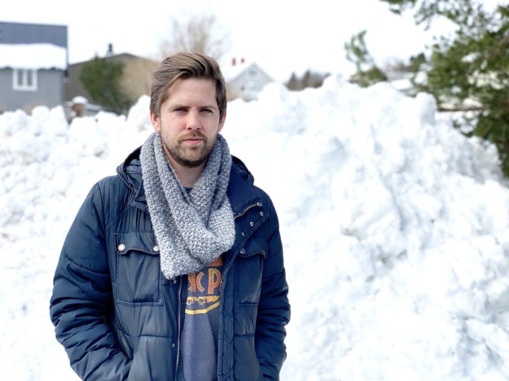Etter et tøft år med korona er musiker Andreas Nergård og bandet hans Melody Market klar for å brette opp ermene og se fremover igjen. Han er dog ∑ikke særlig fornøyd med hvordan regjeringen har håndtert bransjen under pandemien.