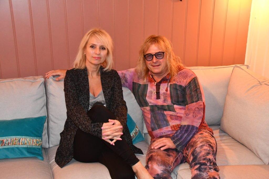 Bente og Victor Cito Smaavik Borge jobber sammen på sistnevntes nye utgivelse Hymn to a child.