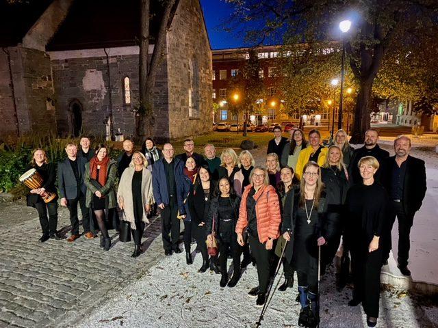 Det var et fornøyd Selbu Korensemble som endelig fikk opptre foran et levende publikum igjen under Kulturnatt Trondheim i Vår Frue Kirke forrige fredag.